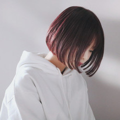 ボブ ピンクベージュ ショートボブ ピンクアッシュ ヘアスタイルや髪型の写真・画像