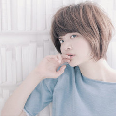 大人かわいい グラデーションカラー ショート ハイライト ヘアスタイルや髪型の写真・画像