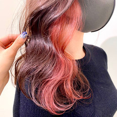 セミロング インナーカラー 韓国ヘア ナチュラルベージュ ヘアスタイルや髪型の写真・画像