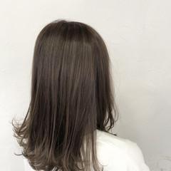 ナチュラル 透明感カラー ハイライト ミディアム ヘアスタイルや髪型の写真・画像