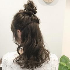 フェミニン リラックス ロング 外国人風 ヘアスタイルや髪型の写真・画像