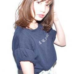 ブラウンベージュ 大人かわいい パーマ 透明感 ヘアスタイルや髪型の写真・画像