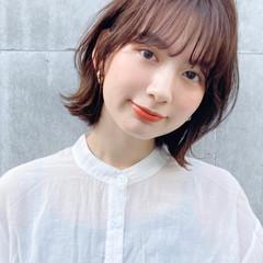 アンニュイほつれヘア 似合わせカット ナチュラル 簡単ヘアアレンジ ヘアスタイルや髪型の写真・画像