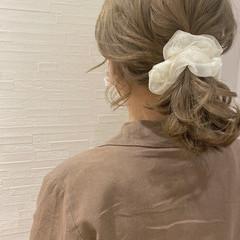 ナチュラル ハイトーンカラー ミルクティーベージュ 簡単ヘアアレンジ ヘアスタイルや髪型の写真・画像