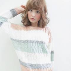 フェミニン モテ髪 ミディアム コンサバ ヘアスタイルや髪型の写真・画像