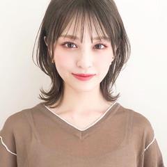 ミディアム デジタルパーマ アンニュイほつれヘア ナチュラル ヘアスタイルや髪型の写真・画像