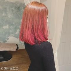 デート グラデーションカラー ミディアム モード ヘアスタイルや髪型の写真・画像