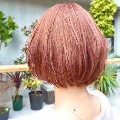 ブリーチ 外国人風カラー ショートヘア ガーリー ヘアスタイルや髪型の写真・画像