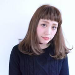 黒髪 外国人風カラー 丸顔 アッシュ ヘアスタイルや髪型の写真・画像