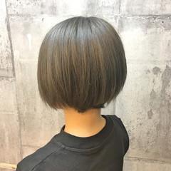 イルミナカラー アッシュグレージュ モード 外国人風カラー ヘアスタイルや髪型の写真・画像