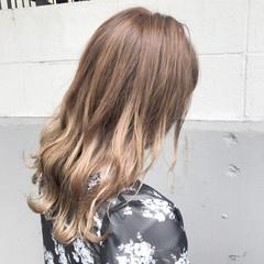秋 ハイライト 透明感 アンニュイ ヘアスタイルや髪型の写真・画像