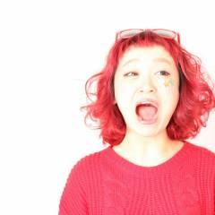 ピンク レッド ヘアスタイルや髪型の写真・画像