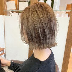 ナチュラル まとまるボブ ショート レイヤースタイル ヘアスタイルや髪型の写真・画像