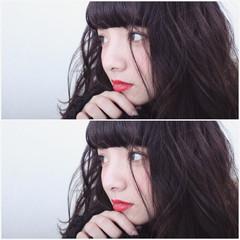 暗髪 ゆるふわ グラデーションカラー ナチュラル ヘアスタイルや髪型の写真・画像