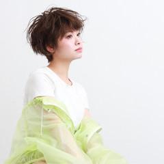 パーマ マッシュショート ゆるふわパーマ ショート ヘアスタイルや髪型の写真・画像
