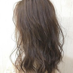 濡れ感 艶髪 濡れ髪スタイル ヘアオイル ヘアスタイルや髪型の写真・画像