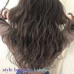 外国人風カラー アッシュ グレージュ ミディアム ヘアスタイルや髪型の写真・画像
