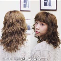 パンク イルミナカラー ストリート 黒髪 ヘアスタイルや髪型の写真・画像