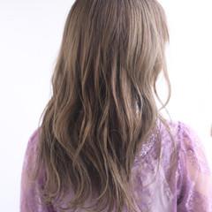 ナチュラル 巻き髪 パーマ ゆる巻き ヘアスタイルや髪型の写真・画像