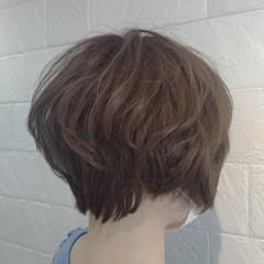 ナチュラル ナチュラルベージュ ベージュ ショート ヘアスタイルや髪型の写真・画像