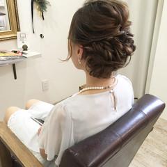 ナチュラル デート ロング 結婚式 ヘアスタイルや髪型の写真・画像