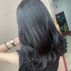 ナチュラル 暗髪女子 アディクシーカラー イルミナカラー ヘアスタイルや髪型の写真・画像