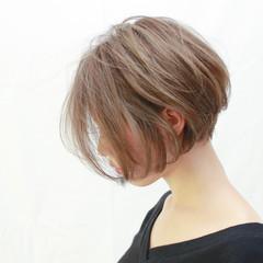 ショート 抜け感 外国人風カラー ナチュラル ヘアスタイルや髪型の写真・画像