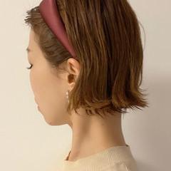 ショートヘア 切りっぱなしボブ ナチュラル ショートボブ ヘアスタイルや髪型の写真・画像