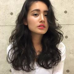 ロング 外国人風 暗髪 アッシュ ヘアスタイルや髪型の写真・画像