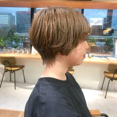 ベージュ ナチュラル ショートヘア ブリーチ ヘアスタイルや髪型の写真・画像
