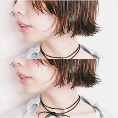 切りっぱなし ウェットヘア ストリート ボブ ヘアスタイルや髪型の写真・画像