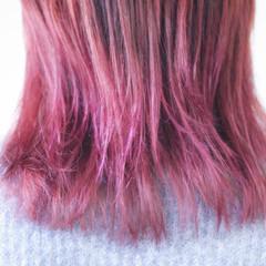 セミロング ラベンダーピンク グラデーション ピンク ヘアスタイルや髪型の写真・画像