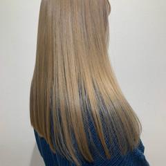 モード ミルクティーベージュ ハイトーン ロング ヘアスタイルや髪型の写真・画像
