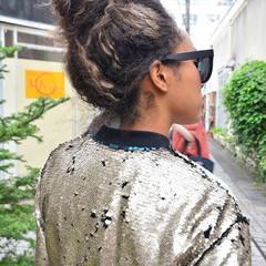 ストリート メッシュ ロング スパイラルパーマ ヘアスタイルや髪型の写真・画像