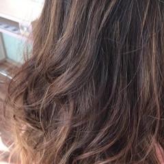 ガーリー ロング グラデーションカラー ハイライト ヘアスタイルや髪型の写真・画像
