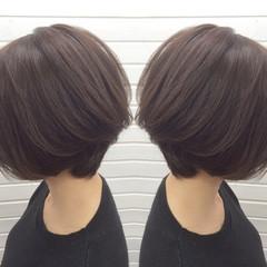 コンサバ 色気 グレージュ ボブ ヘアスタイルや髪型の写真・画像