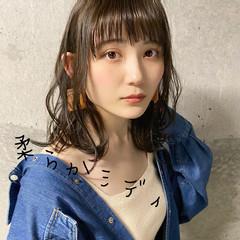 前髪あり ふんわり前髪 流し前髪 斜め前髪 ヘアスタイルや髪型の写真・画像
