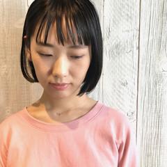 シースルーバング 暗髪 前髪パッツン ボブ ヘアスタイルや髪型の写真・画像