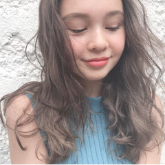 3Dハイライト ゆるふわパーマ ハイライト ロング ヘアスタイルや髪型の写真・画像