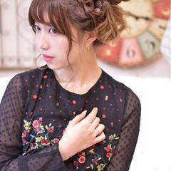 かわいい 簡単ヘアアレンジ ガーリー ヘアアレンジ ヘアスタイルや髪型の写真・画像