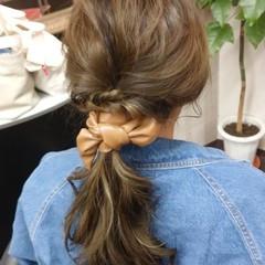 ロング ナチュラル 簡単ヘアアレンジ ヘアアレンジ ヘアスタイルや髪型の写真・画像