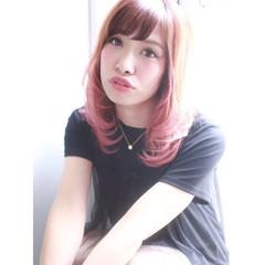 グラデーションカラー 外国人風 ピンク ナチュラル ヘアスタイルや髪型の写真・画像