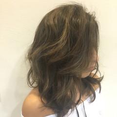 ミディアム 外国人風 ハイライト 伸ばしかけ ヘアスタイルや髪型の写真・画像
