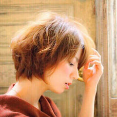 ナチュラル ショート 外国人風 ウェーブ ヘアスタイルや髪型の写真・画像