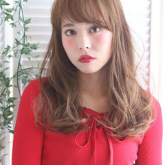 セミロング ゆるふわ 外国人風 フェミニン ヘアスタイルや髪型の写真・画像