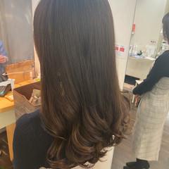 デジタルパーマ コテ巻き風パーマ ロング ナチュラル ヘアスタイルや髪型の写真・画像