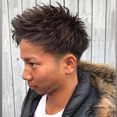 刈り上げショート アップバング ツーブロック メンズ ヘアスタイルや髪型の写真・画像
