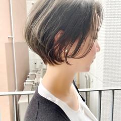 オフィス ショート デート ゆるふわ ヘアスタイルや髪型の写真・画像