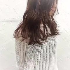 セミロング パープル イルミナカラー フェミニン ヘアスタイルや髪型の写真・画像