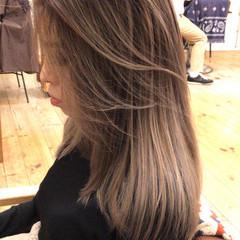 外国人風 ストリート アンニュイほつれヘア コントラストハイライト ヘアスタイルや髪型の写真・画像